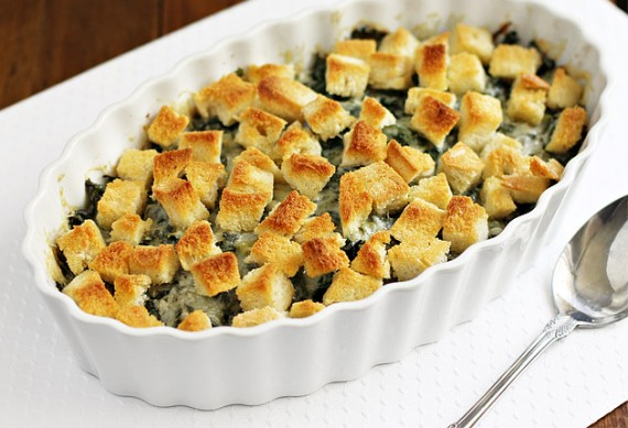 baked kale 1 570x389 Crispy Baked Kale with Gruyere Cheese