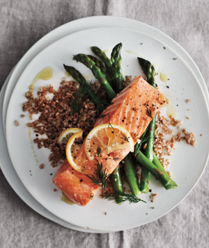 baked salmon bulgar 300 Lemon Baked Salmon With Asparagus & Bulgur