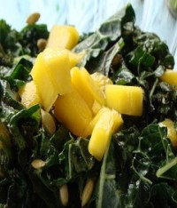 kale mango salad e1403409406748 Raw Summer Salad:  Mango Mint Kale