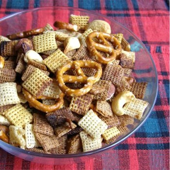 Slow_cooker_chex_mix