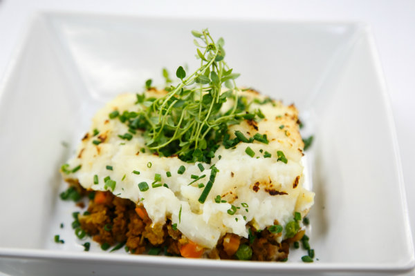 Chef vikki shepherds pie Vegan Shepherds Pie with Cauliflower Mash